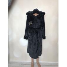 Халат жіночий однотонний з вишивкою