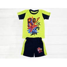 Комплект для хлопчика, футболка і шорти.